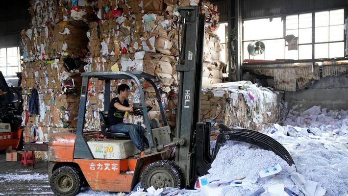 Sau lễ mua sắm Singles day, Trung Quốc ngập trong 160 ngàn tấn rác