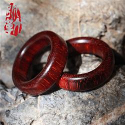 Vòng tay hạt gỗ đan hương